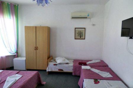 Гостевой дом Уютная Витязево 4-х местный (2)