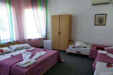 Гостевой дом Уютная Витязево 4-х местный (3)